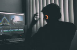 SOUND AND VISION : <br>PRODUZIONE AUDIO NEL MOTION DESIGN E VIDEO